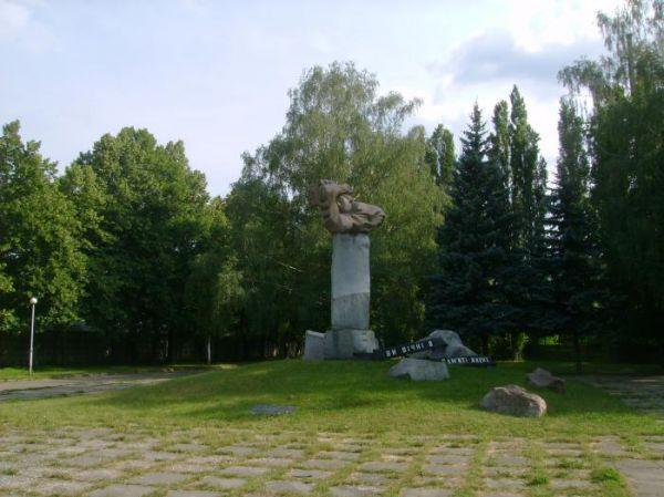 Культурна спадщина Пам'ятник Жертвам фашизму
